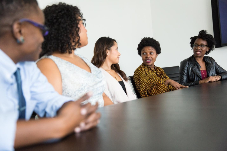 8 Resources for Teaching Mindfulness at the Workplace